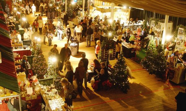 the-2006-annual-christmas-market-at-spruce-meadows-in-calgar